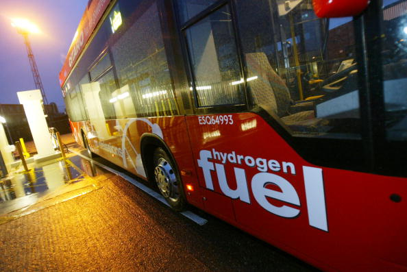 Bus「Hydrogen Powered Buses Come Into Service In London 」:写真・画像(1)[壁紙.com]