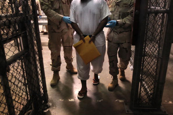 Detainee「Guantanamo Prison Remains Open Over A Year After Obama Vowed To Close It」:写真・画像(18)[壁紙.com]