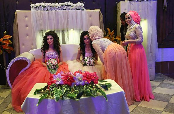 Wedding Reception「Syrian Kurdish Republic Of Rojava Becomes Bulwark In Battle Against ISIL」:写真・画像(18)[壁紙.com]