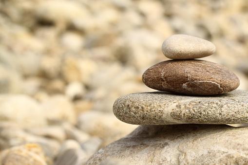 Feng Shui「Stones in balance」:スマホ壁紙(11)