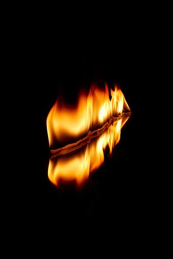 Growth「Blazing Fire in Slantwise」:スマホ壁紙(13)