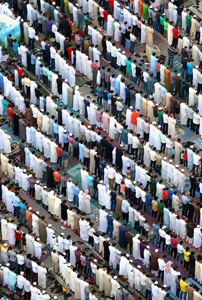 Francois Nel「Muslims Celebrate The Festival Of Eid In Dubai」:写真・画像(3)[壁紙.com]