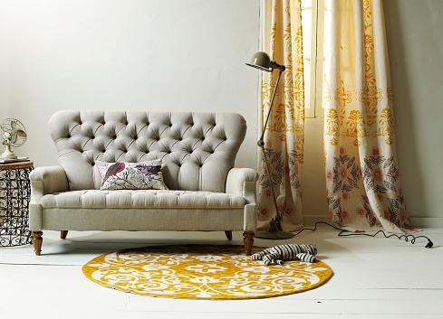 Stuffed Animals「Uphostered Sofa With Tufting」:スマホ壁紙(1)