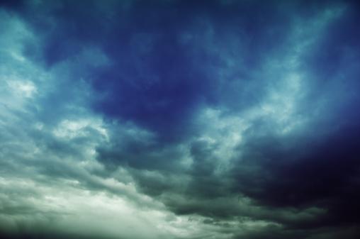 雲「劇的な空」:スマホ壁紙(6)