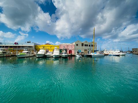Barbados「Caribbean, Barbados, Bridgetown, Harbor at Independence Square」:スマホ壁紙(12)
