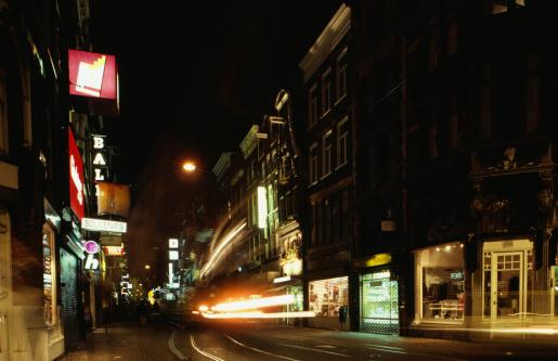 Amsterdam「City street at night, light blurred in motion, Amsterdam, Holland」:スマホ壁紙(17)