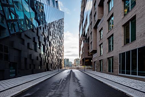 Scandinavia「City street at dawn」:スマホ壁紙(18)
