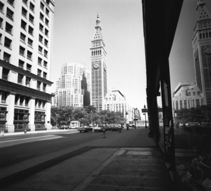 1960-1969「City street and clock tower, (B&W)」:スマホ壁紙(1)