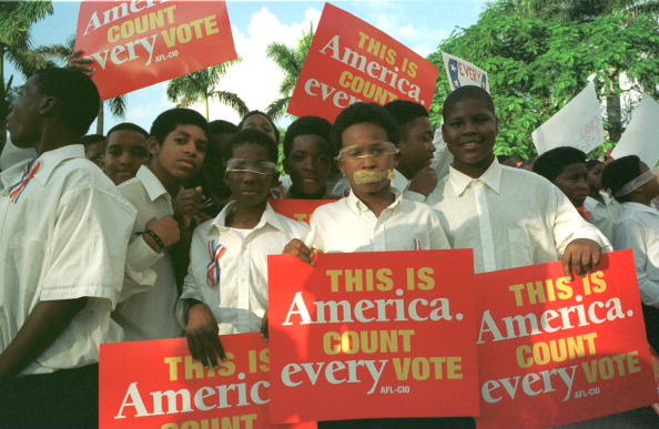 African Ethnicity「Miami Students Protest Recount」:写真・画像(7)[壁紙.com]