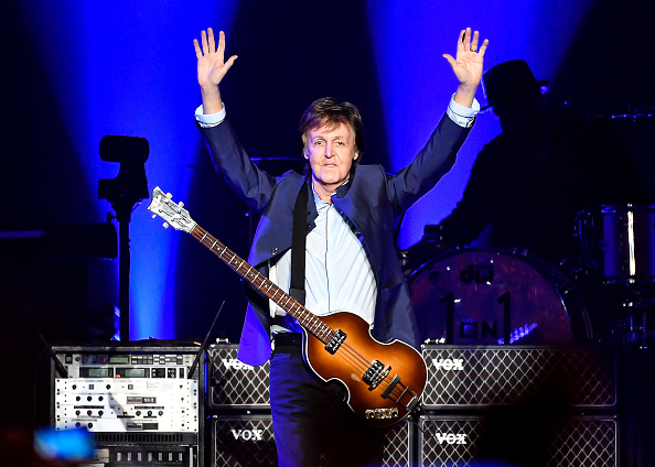 ポール・マッカートニー「Paul McCartney Performs At Save Mart Center」:写真・画像(15)[壁紙.com]