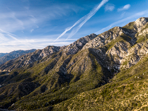 Angeles National Forest「Angeles Crest Mountains in California- Aerial Drone Shot」:スマホ壁紙(5)