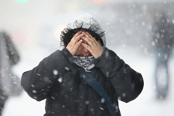雪「Winter Storm Dumps More Snow On New York City」:写真・画像(13)[壁紙.com]