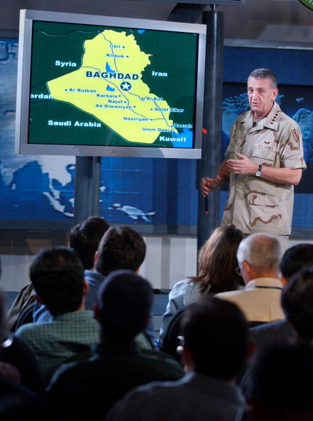 Carlo Allegri「General Franks Gives Media Briefing At Camp As Sayliyah」:写真・画像(4)[壁紙.com]