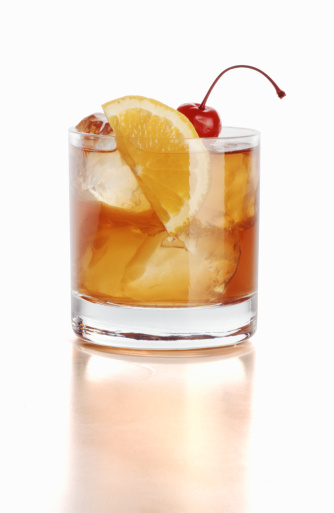 Sour Taste「Whiskey sour with cherry and orange slice, close-up (still life)」:スマホ壁紙(19)