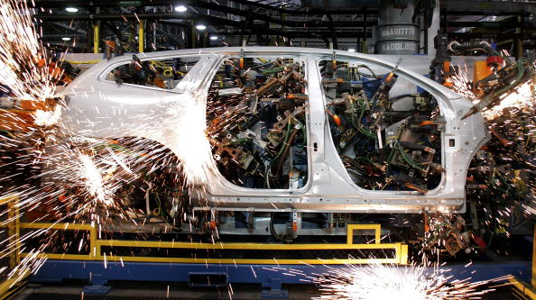 Production Line「GM Plant Readies For Third Shift As U.S. Sales Increase In February」:写真・画像(19)[壁紙.com]