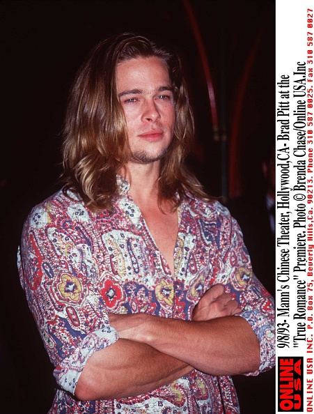 "ロングヘア「9/8/93-Mann's Chinese Theater,Hollywood,Ca- Brad Pitt at the ""True Romance ""Premiere.」:写真・画像(2)[壁紙.com]"