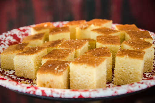 Corn Bread「Plate of Cornbread Squares」:スマホ壁紙(19)