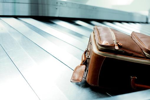 旅行「Luggage on the baggage carousel」:スマホ壁紙(0)