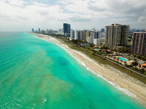 Miami Beach「USA, Florida, aerial view of Miami Beach」:スマホ壁紙(17)