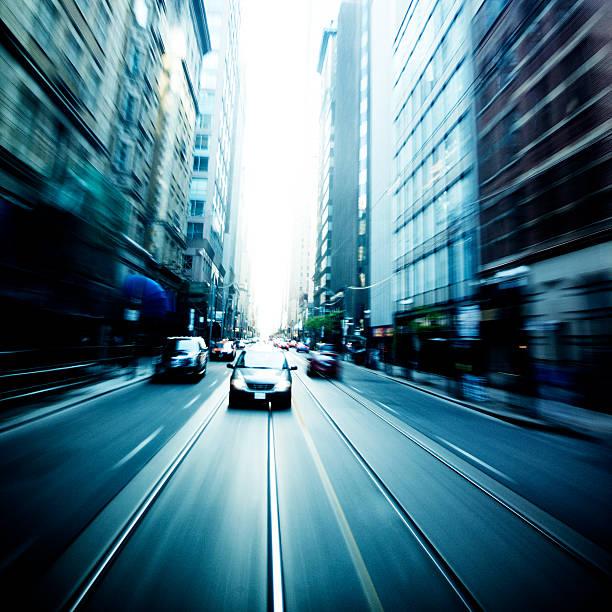 City traffic:スマホ壁紙(壁紙.com)