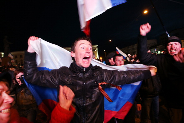 Simferopol「Crimea Goes To The Polls In Crucial Referendum」:写真・画像(16)[壁紙.com]