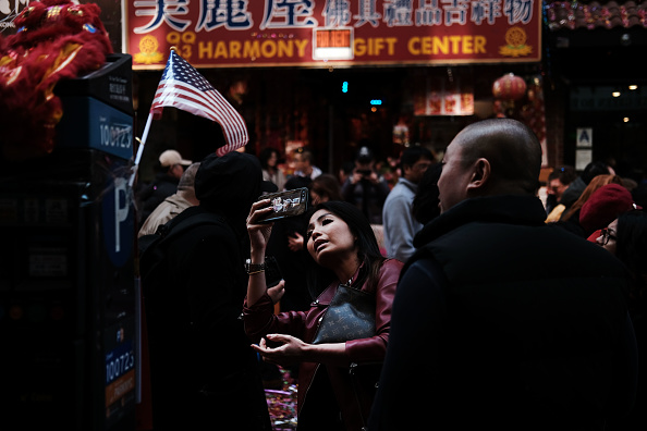 中国文化「Lunar New Year Celebrated In New York City's Chinatown」:写真・画像(14)[壁紙.com]