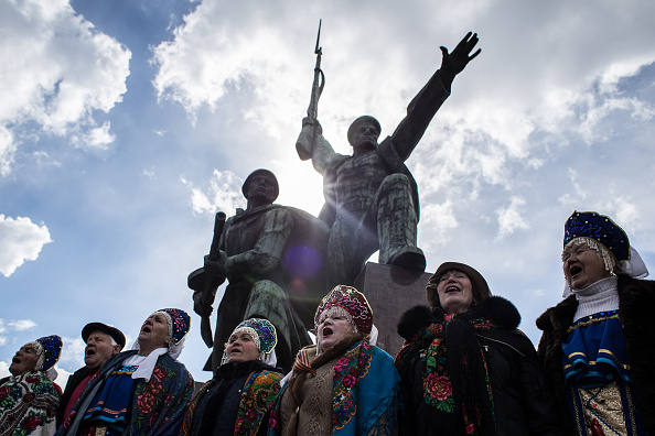 2014 Russian Military Intervention in Ukraine「First Anniversary Of The Referendum Which Annexed The Crimea To Russia」:写真・画像(2)[壁紙.com]