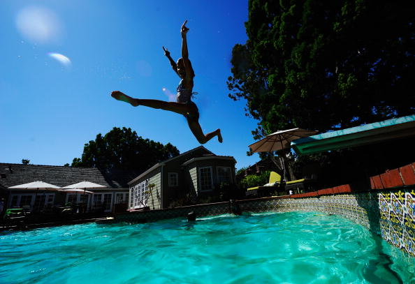 Front or Back Yard「Record-Breaking Heat Wave Hits Southern California」:写真・画像(9)[壁紙.com]