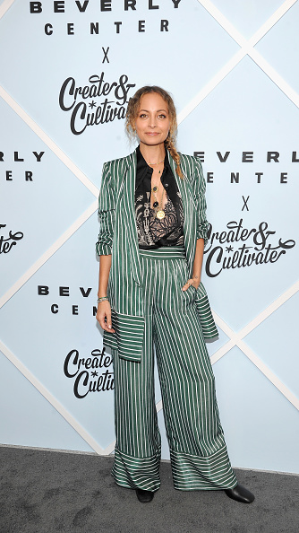 Pant Suit「Beverly Center's Grand Reveal: Everyone Welcome with Create & Cultivate」:写真・画像(15)[壁紙.com]