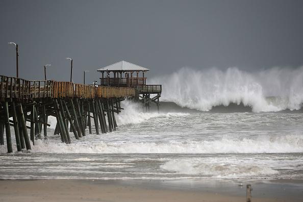 Coastline「Carolinas Prepare As Florence Approaches As A Major Hurricane」:写真・画像(14)[壁紙.com]