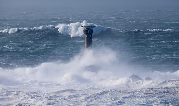 Lands End - Cornwall「Storm Imogen Sweeps The South Of England」:写真・画像(15)[壁紙.com]