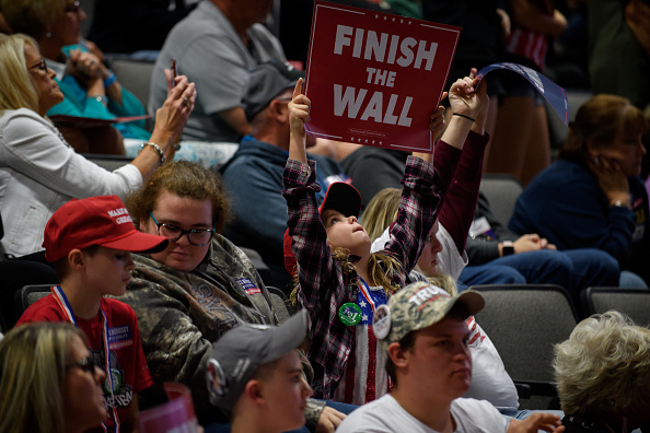 """MAGA「Donald Trump Holds """"Make America Great Again"""" Rally In West Virginia」:写真・画像(10)[壁紙.com]"""