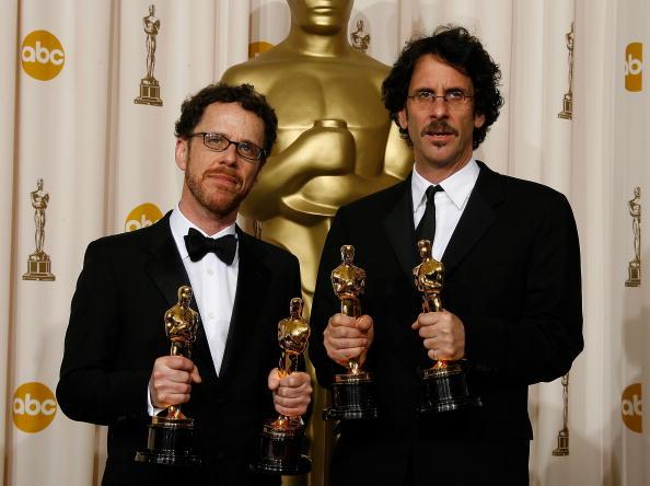 Two People「80th Annual Academy Awards - Press Room」:写真・画像(17)[壁紙.com]