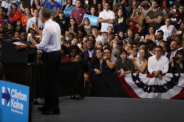 Florida International University「President Obama Attends Early Voting Rally In Miami」:写真・画像(14)[壁紙.com]