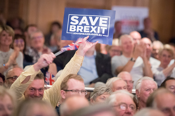 Brexit「Leave Means Leave Supporters Walkabout And Rally In Torquay」:写真・画像(19)[壁紙.com]