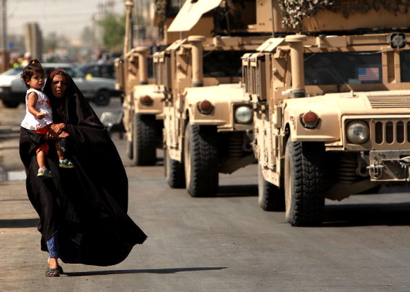 USA「U.S. Military Patrols In Baghdad」:写真・画像(14)[壁紙.com]
