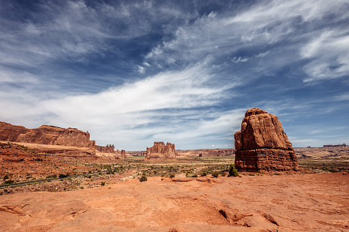 Diminishing Perspective「Arches National Park Landscape」:スマホ壁紙(5)
