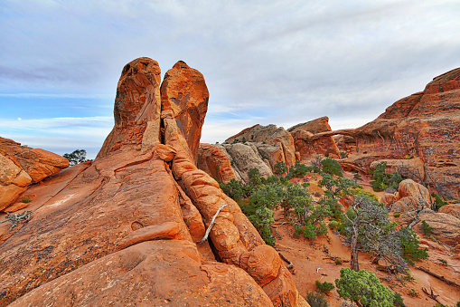 Landscape Arch「Arches National Park Double O Arch Hiking Trail」:スマホ壁紙(3)