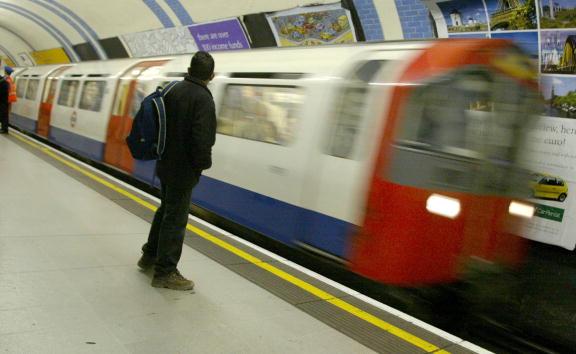 Speed「The London Underground」:写真・画像(11)[壁紙.com]