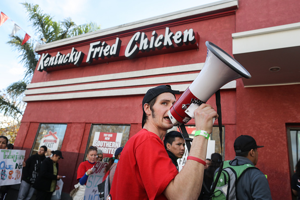 Chicken Meat「Fast Food Workers Nationwide To Demand Higher Wages」:写真・画像(14)[壁紙.com]