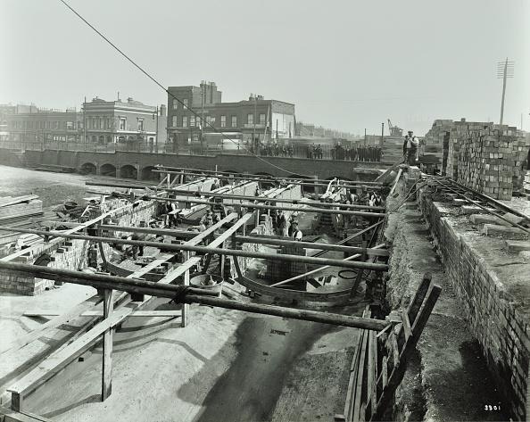 Stratford - London「Building The Sewer At Stratford High Street, West Ham, London, 1905」:写真・画像(12)[壁紙.com]
