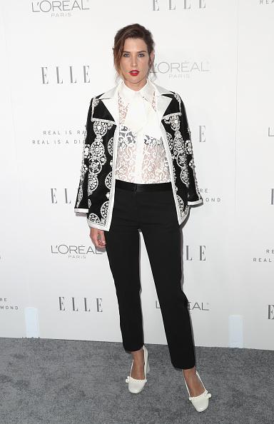 Bow Collar「ELLE's 24th Annual Women in Hollywood Celebration - Arrivals」:写真・画像(5)[壁紙.com]