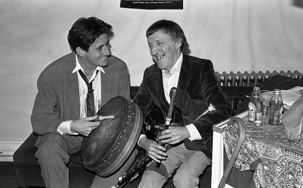 Celtic Music「Paddy Moloney and Gabriel Byrne 1988」:写真・画像(7)[壁紙.com]