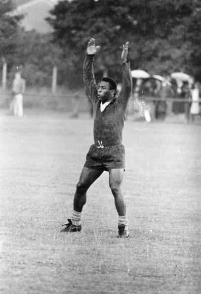 Match - Sport「Pele In Training」:写真・画像(3)[壁紙.com]