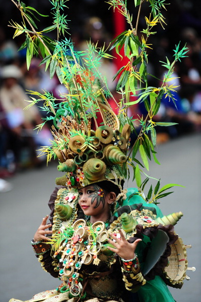 Octopus「Revellers Gather For Jember Fashion Carnival」:写真・画像(13)[壁紙.com]