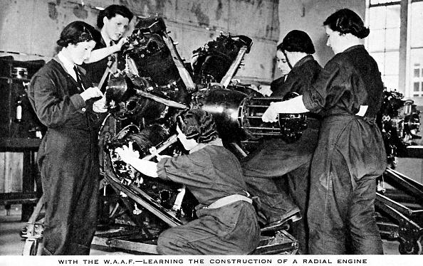 Mechanic「Women 's Auxiliary Air Force (WAAF)」:写真・画像(14)[壁紙.com]