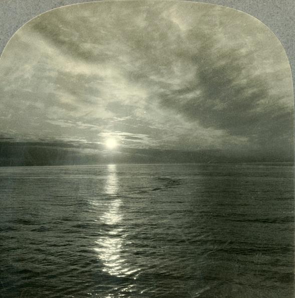 Water Surface「The Midnight Sun」:写真・画像(19)[壁紙.com]