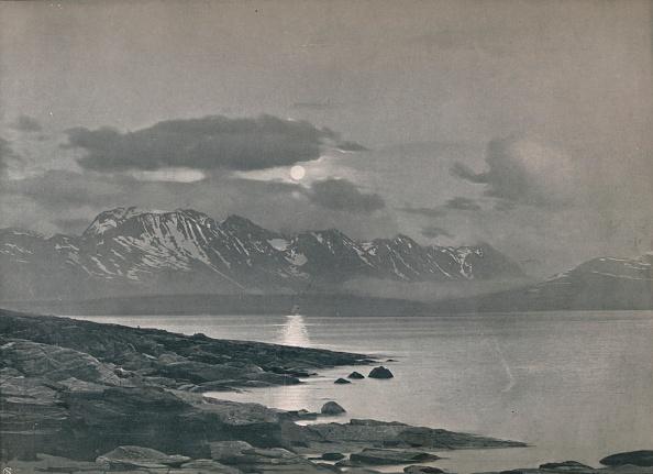 Snowcapped Mountain「The Midnight Sun」:写真・画像(13)[壁紙.com]