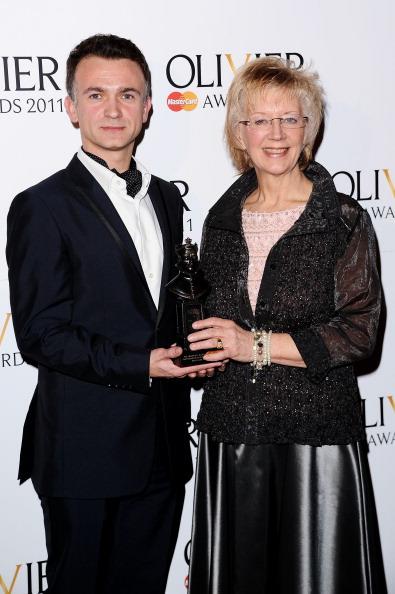 Covent Garden「The Olivier Awards 2011 - Press Room」:写真・画像(2)[壁紙.com]