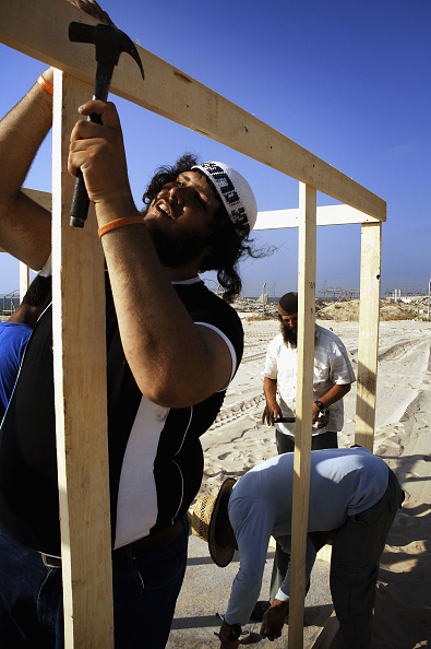 Manual Worker「Preparations Continue For Israeli Withdrawl From Gaza」:写真・画像(10)[壁紙.com]